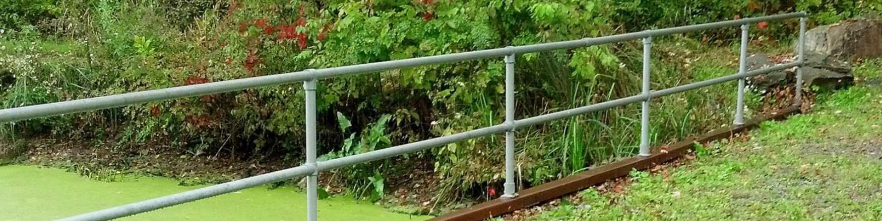 OSHA railing, guardrail system