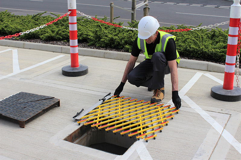 temporary safety cover for manholes