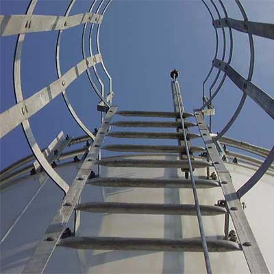 Vertical lifeline for fall protection