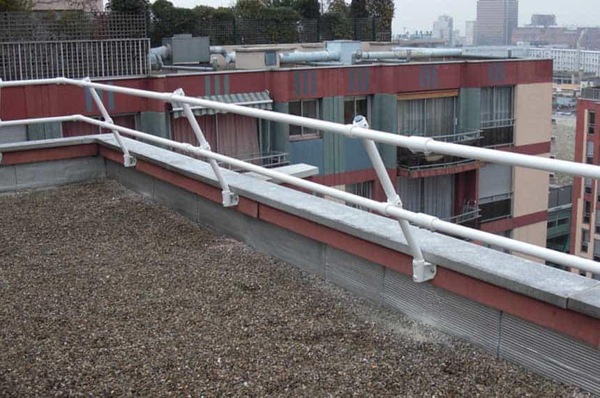 parapet railing, penetrating