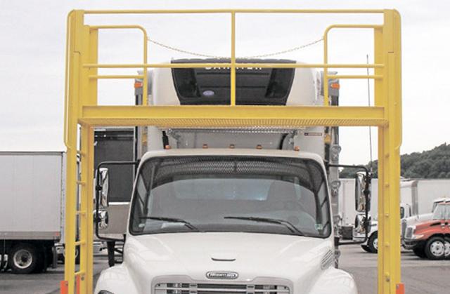 truck maintenance platform