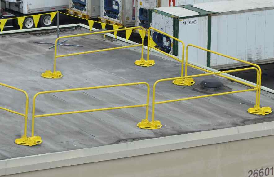 temporary railing for construction sites